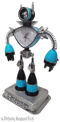 Robot Sculpture from Lipson Robotics